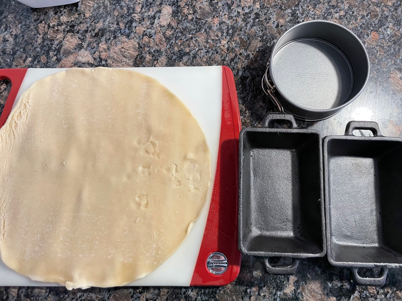 pie crust and small pans